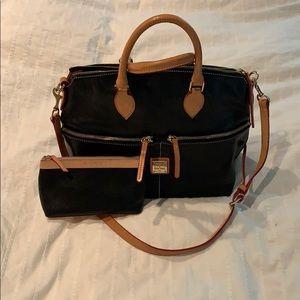 Super cute, black Dooney & Bourke Bag